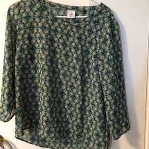 Cabi green long sleeve printed blouse